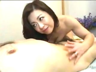 Pretty Japanese Mature's cunt fucked creampied asian hairy mature